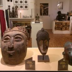 Inside Africa, Schaufenster und Laden